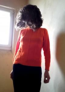 pull orange vintage