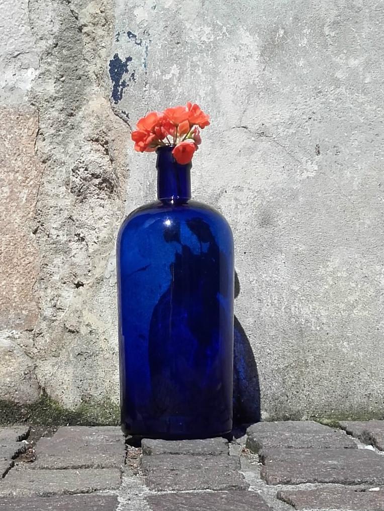 bouteille bleue en verre quiche lorraine vintage. Black Bedroom Furniture Sets. Home Design Ideas