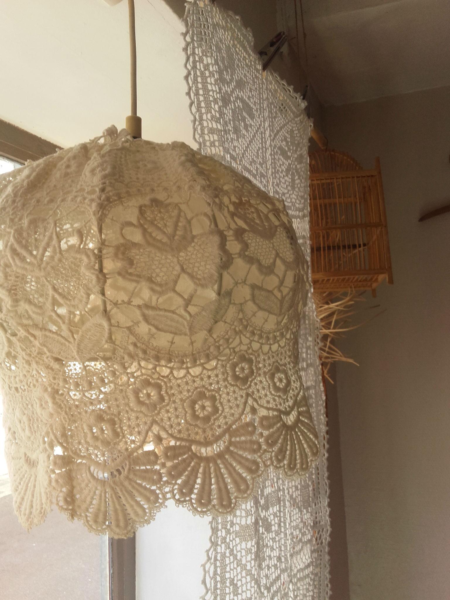luminaire en dentelle quiche lorraine vintage. Black Bedroom Furniture Sets. Home Design Ideas