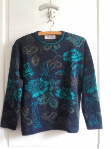 pull-fleurs-turquoise-22