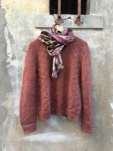 pull col V tricoté main vintage