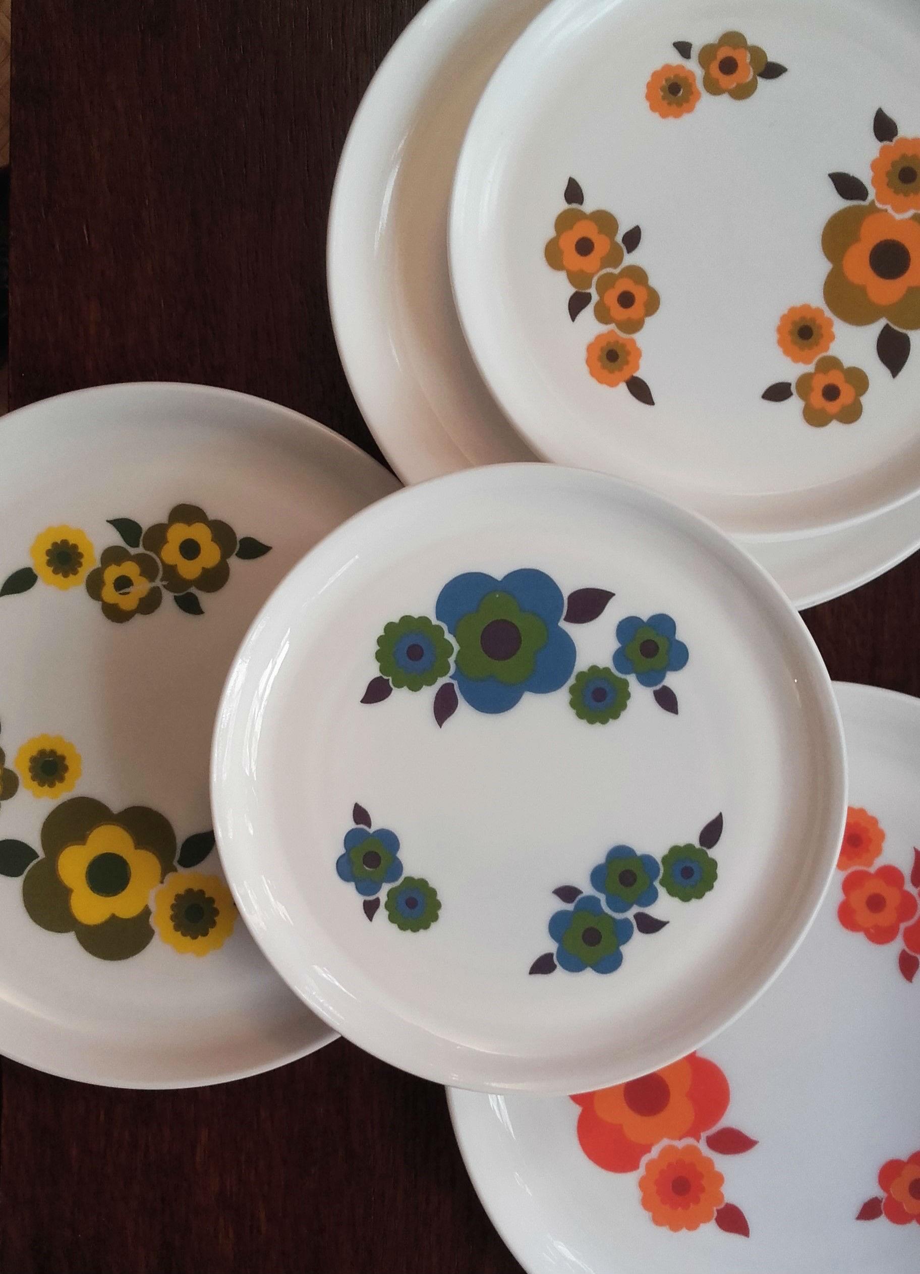 assiettes plates dessert arcopal lotus quiche lorraine vintage. Black Bedroom Furniture Sets. Home Design Ideas