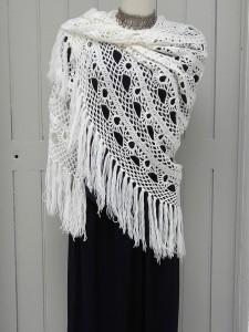chale crochet vintage blanc