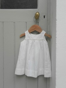 robe bb blanche 3