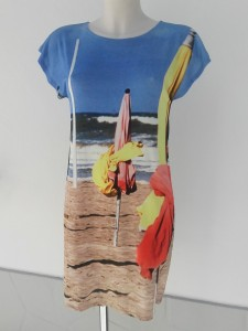 robe de plage agnès b.
