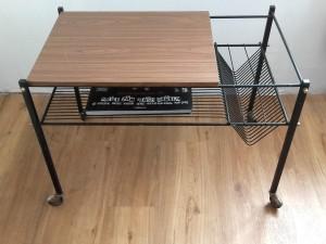 table pour tourne-disques vintage