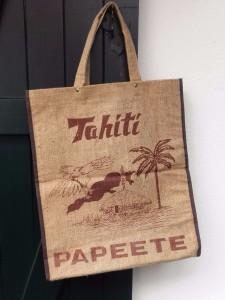 sac-tahiti-papeete-vintage