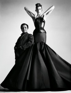 azzedine-alaia-at-the-palais-galliera-01-580x753 (3)