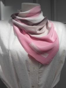 foulard Christian Dior monogramme