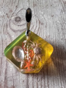 porte-stylo résine inclusion crustacés