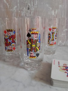 verres vintage jeu de carte 4 rois