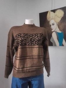 pull 80s col cheminée