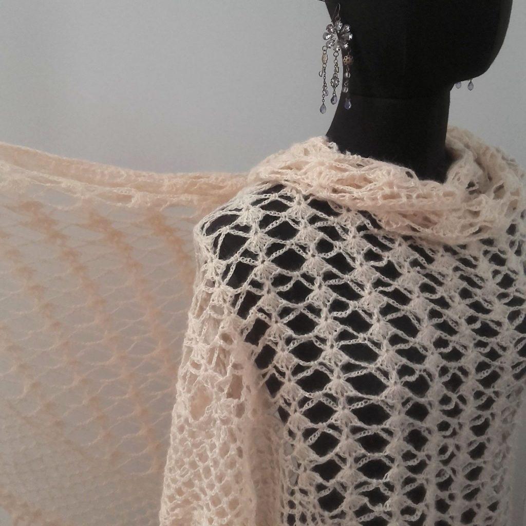 châle vintage crochet vintage hook crocheted shawl