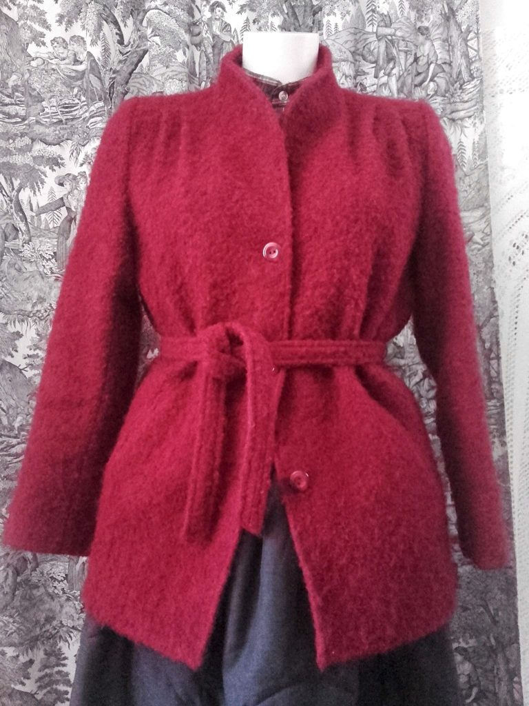 manteau bordeaux vintage
