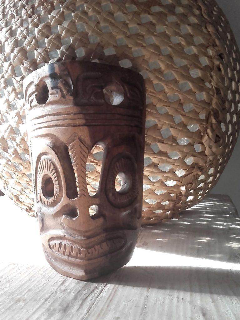 masque bois ethnique
