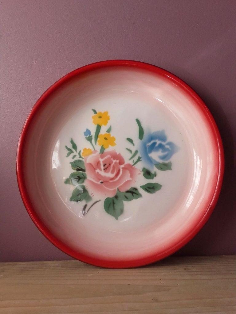 plat émaillé fleur vintage enmel plate